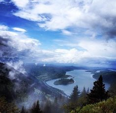 Angel's Rest Trail --- Oregon May Just Be The Most Stunning State In America. Here's Proof.