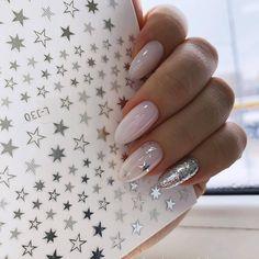Easy Valentine's Day Nail Art Ideas Designs 2019 - Nageldesign - Nail Art - Nagellack - Nail Polish - Nailart - Nails - Perfect Nails, Gorgeous Nails, Love Nails, Fun Nails, Sparkle Nails, Milky Nails, Valentine's Day Nail Designs, Art Designs, Nails Design