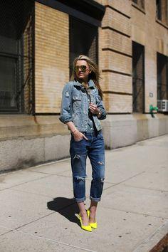 Denim: Current/Elliott. Chambray Top: Jcrew. Denim Jacket: Marc by Marc. Shoes: Kate Spade. Sunglasses: Icing. Watch: Michael Kors. Bracelet: Vintage Chanel via My-Wardrobe.