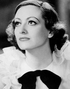 mariedeflor:  Joan CrawfordToday We Live, 1933