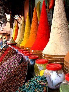 Spice Market - Spices, Medina, Marrakech, Morocco - Especias, Marruecos - FOOD MARKET - MERCADO DE ALIMENTOS - MARCHÉ ALIMENTAIRE