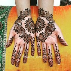 Mehndi is an expression of love that every woman loves to wear. In any moment of joy, the girls love to wear mehndi designs like on the occasion of Eid or marriage. Latest Henna Designs, Stylish Mehndi Designs, Mehndi Designs 2018, Mehndi Design Pictures, Arabic Mehndi Designs, Simple Mehndi Designs, Mehndi Designs For Hands, Bridal Mehndi Designs, Mehndi Images