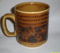 Vintage Pottery Mug WP  Made in England by ItHasGotToGo on Etsy