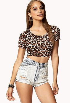 We have a leopard print crop top very similar to this! Girls Crop Tops, Cute Crop Tops, Cropped Tops, Leopard Print Party, Cheetah Print, Cheetah Clothes, Belly Top, Summer Outfits, Cute Outfits