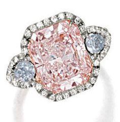 LIGHT PINK DIAMOND, FANCY LIGHT BLUE DIAMOND AND DIAMOND RING.