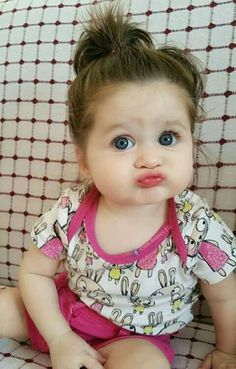 Ideas Funny Kids Photography Baby Faces For 2019 Cute Baby Girl Photos, Cute Kids Pics, Cute Baby Pictures, Cute Little Baby, Baby Kind, Little Babies, Chubby Babies, Cute Funny Babies, Funny Kids