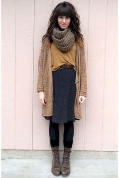 wavy hair, polka dot skirt, cozy cowl, the idea of boots with skirt granny boots Look Retro, Look Vintage, Vintage Boots, Vintage Jacket, Fall Winter Outfits, Autumn Winter Fashion, Winter Outfits With Skirts, Fall Layered Outfits, Dresses In Winter