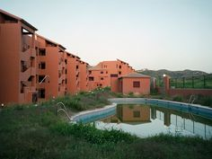 From an apocalyptic movie? No #Spain #zombie developments! Photograph by Markel Redondo/Panos