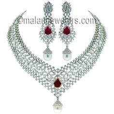 18 Karat White Gold Diamond Necklace And Earring Set Malani Jewelers