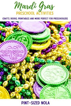 Mardi Gras Preschool Activities - A Mardi Gras Theme Unit with books, printables, crafts, sensory bin ideas and more for preschoolers. Mardi Gras Food, Mardi Gras Beads, Mardi Gras Activities, New Orleans With Kids, New Orleans King Cake, Carnival Spirit, Mardi Gras Parade, Make Happy, Mask For Kids
