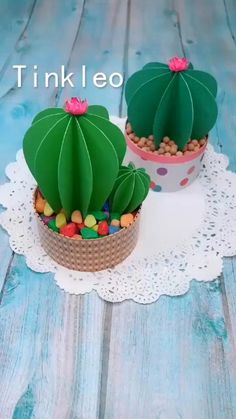 DIY Papier DIY Paper Cactus Decoration How Fit Is Your Kid I read an article the other day entitled Diy Crafts Hacks, Diy Crafts For Gifts, Diy Home Crafts, Diy Arts And Crafts, Creative Crafts, Crafts For Kids, Diy Projects, Crafts For The Home, Wall Decor Crafts
