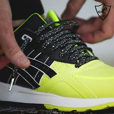 #neon @laceduplaces #asics #black #splatter #laces https://www.instagram.com/p/BANvh_Lks-T/