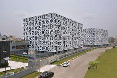 Школа-экран: The Newtown School в Калькутте, Индия. Abin Design Studio, 2015