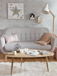 "Decorating Vintage Sofa ""Iceberg"" in grau von Maison du Monde Vintage Sofa, Vintage Coffee, Home Living Room, Living Room Decor, Bedroom Decor, Living Area, Scandinavian Sofas, Scandinavian Style, Home And Deco"