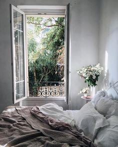 Minimal bedroom opening up to the garden in the morning - Zimmer Pin Dream Rooms, Dream Bedroom, Cozy Bedroom, Bedroom Decor, Bedroom Ideas, Fall Bedroom, Bedroom Inspo, Bedroom Designs, Bedroom Inspiration