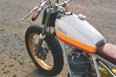 One Down Four Up's classy Yamaha DT250 flat tracker.