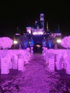 Mariah Carey and Nick Cannon Have the Disneyland Wedding of Our Collective Dreams