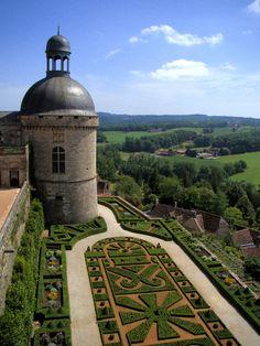 Chateau Hautefort, Aquitaine, France
