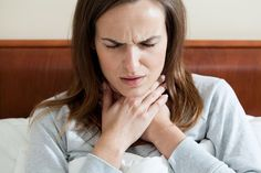 Did you know that essential oils can make a sore throat go away quicker or avoid one all together? Check out these 8 essential oils for sore throat pain. Oils For Sore Throat, Throat Pain, Young Living Oils, Young Living Essential Oils, Natural Treatments, Natural Cures, Natural Health, Tickle In Throat, Sleep Apnea