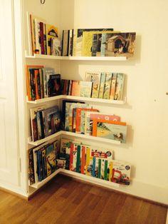 Bücherregal kinderzimmer selber bauen  Schönes Bücherregal mit Tiermotiven WEISS/ORANGE | Für kO ...