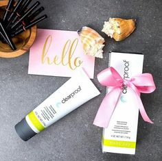 This summer, invite your to a makeover and introduce them to your favorite products 🌞 Makeover Party, Mary Kay Inc, Imagenes Mary Kay, Selling Mary Kay, Mary Kay Party, Pore Mask, Custom Made Gift, Mary Kay Cosmetics, Charcoal Mask
