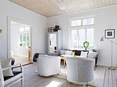 love the look of white washed floors