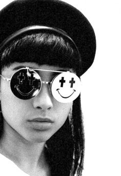 925dc2c91b3 JUST SMILE    Singer Natalia Kills wearing Jeremy Scott by Linda Farrow  Gallery sunglasses.