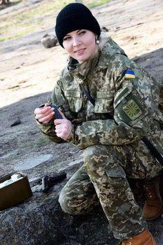 Українська краса - на варті миру! Справжні патріотки і справжні красуні - в рядах Збройних Сил України