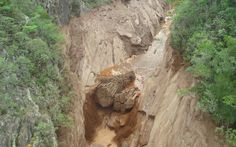 Mar de lama toma conta do distrito de Bento Rodrigues em Mariana