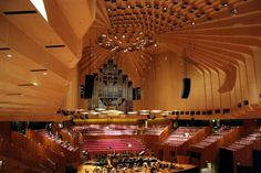 The Interior Decor Of Sydney Opera House The famous sydney opera house is designed by the jorn utzon architect and it is situated at australia. Here are the marvelous pictures of sydney opera house interior for you to see! Sydney Opera, Hall Construction, Jorn Utzon, University Of Sydney, Hall Interior, Concrete Building, House Photography, Opus, Interesting Buildings
