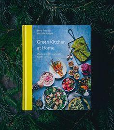 "2,534 gilla-markeringar, 1,192 kommentarer - David Frenkiel (@gkstories) på Instagram: ""Holiday giveaway! We're feeling the festive spirit and are giving away three dedicated copies of…"""