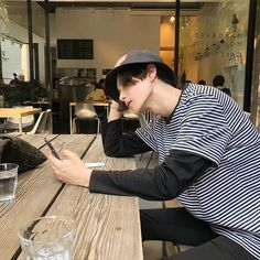"""""""Sometimes people are beautiful. Not in looks."""" — Mark Zusak, I am the Messenger - - - - Cr,to… Cute Asian Guys, Cute Korean Boys, Asian Boys, Asian Men, Cute Guys, Ulzzang Kids, Korean Boys Ulzzang, Korean Men, Korean Girl"""