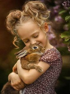 My Honey Bunny Baby Animals, Cute Animals, Bunny Hutch, Honey Bunny, Beautiful Children, Children Photography, Cute Kids, Bird, Photo And Video