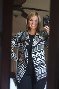 I really like this cardigan and would like to get it in my next fix! Pls!!! Paper moon Riley Graphic Print Cardigan