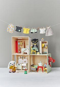 Littlephant doll house