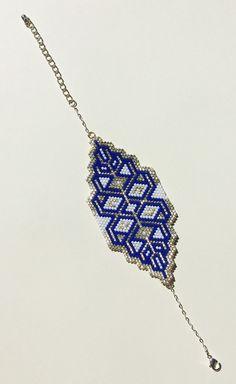 Bead Loom Patterns, Peyote Patterns, Bracelet Patterns, Bead Jewellery, Beaded Jewelry, Handmade Jewelry, Beaded Bracelets, Stitch Crochet, Beadwork Designs