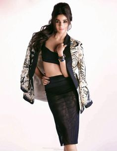 Alia Bhatt Cover-girl de Vogue Indian (Juillet 2014)