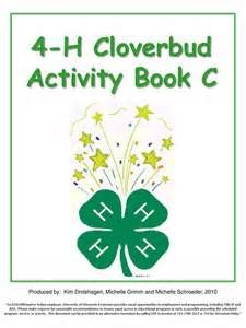 cloverbud activities Service Projects For Kids, Fair Projects, 4 H Clover, 4 H Club, Monthly Themes, School Days, Lesson Plans, Activities For Kids, Homeschool