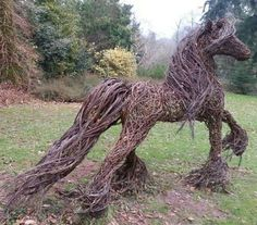Twig Horse I MUST make this!!! Gorgeous!