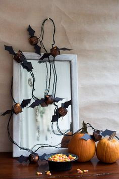 Go crazy with your Halloween decor + DIY a set of bat lights. Halloween Bingo, Easy Halloween Crafts, Halloween Banner, Halloween Trees, Halloween Home Decor, Outdoor Halloween, Diy Halloween Decorations, Halloween House, Holidays Halloween