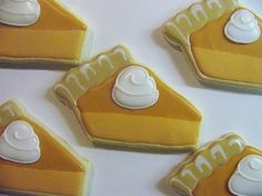 Pumpkin Pie | http://awesome-amazing-decorated-cookies.blogspot.com