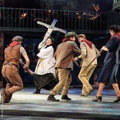 Jetzt live und in Farbe  Don Camillo & Peppone im Ronacher #viennanow #wearemusical