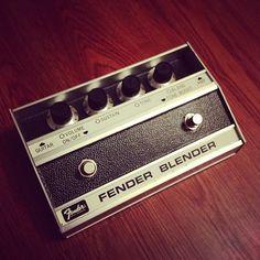 Fender Blender Fuzz Guitar Effect Pedal