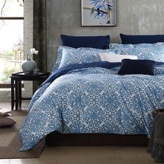 Ice Blue and White Indian Pattern Shabby Chic Classic Style Baroque Themed Luxury Western 100% Cotton Damask Full, Queen Size Bedding Sets