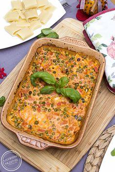 Przepyszny, aromatyczny i soczysty kurczak w gęstym sosiku powstałym z połączenia serka mascarpone z pomidorami i zielonym groszkiem. Polecam :) Pycha. Składniki 500 g piersi z kurczaka 125 g serka…