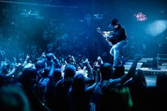 Garth Brooks Is Returning to New York to 'Shake Things Up' - The New York Times