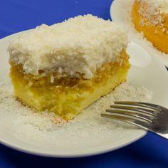 """O prăjitură delicioasă care o să vă readucă în atmosfera de sărbătoare. Prăjitura """"Raffaello"""" este un desert gingaș cu un gust uimitor. Dacă sunteți tentați să o preparați, fiți siguri că nu veți da greși"""