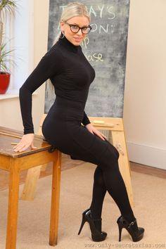 Tight Black Dress Black Pantyhose and Black Mary Jane Platform High Heels Tight Dresses, Sexy Dresses, Tight Skirts, School Girl Teacher, Black Pantyhose, Black Tights, Hot High Heels, Beautiful Legs, Amazing Legs