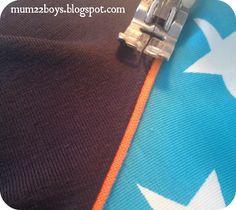 Mum 2 2 boys: T-shirt med raglan ærmer (DIY på piping/tittebånd i rib-stof)