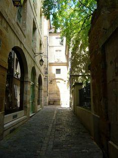 Rue Eginhard - Visite guidée du quartier du Marais à Paris 4e